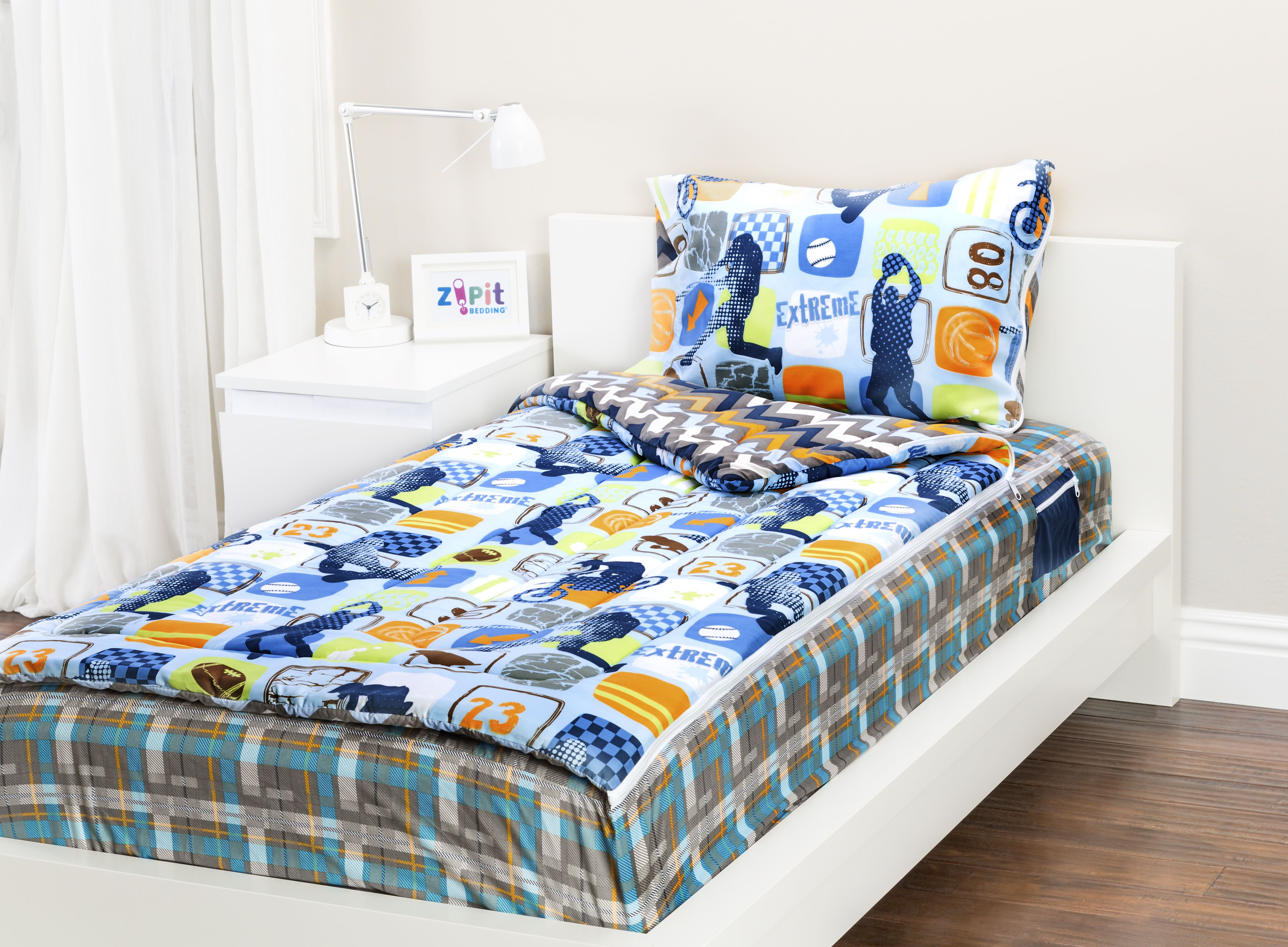 Zipit Bedding Mix 'N Match with Extreme Sports and Wild