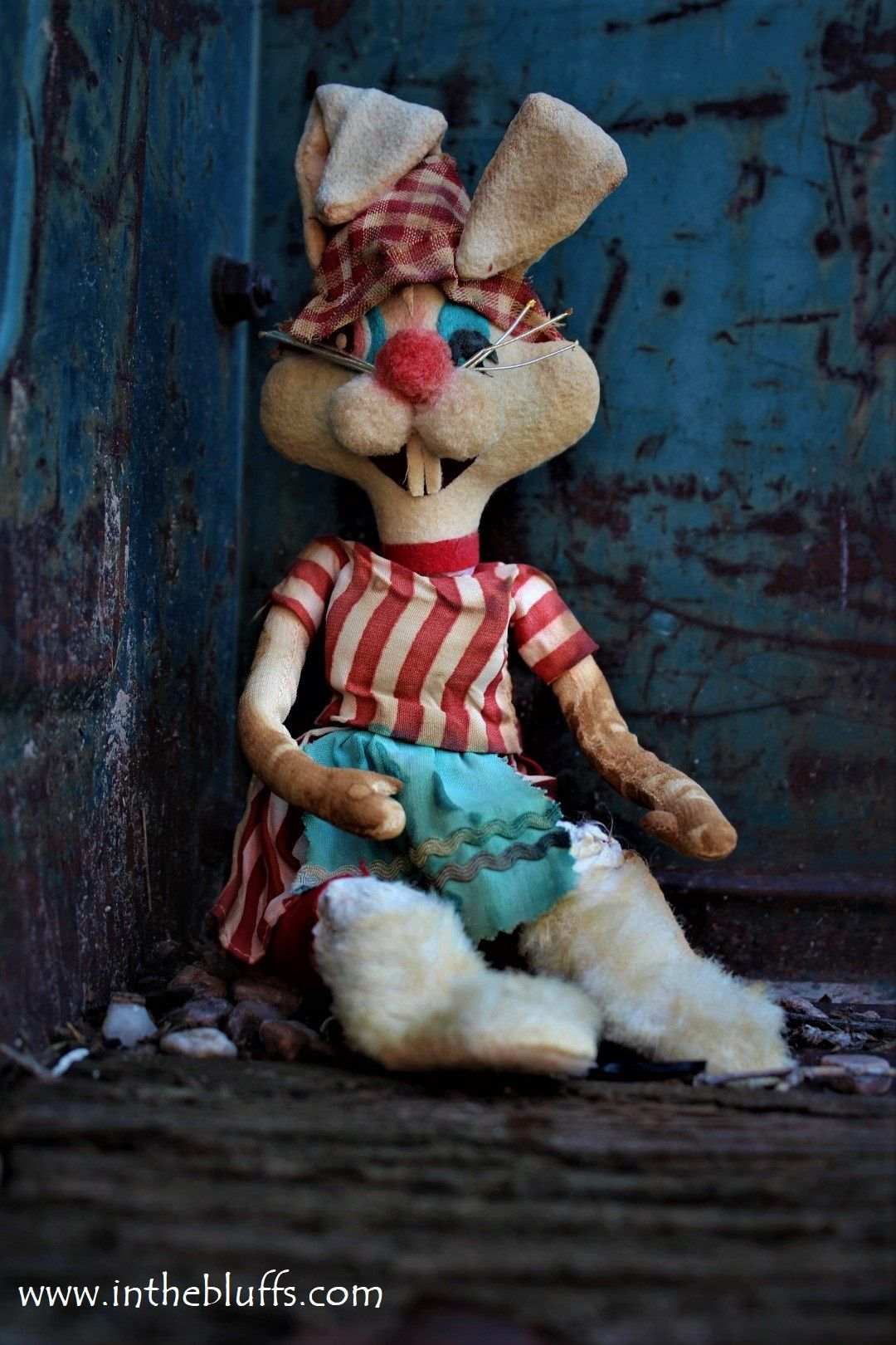 Dirty Easter Bunny : dirty, easter, bunny, Abandoned, Rurex, Photography, Filthy, Easter, Bunny, Stuffed, Bluffs, Toys,, Rabbit, Photos,