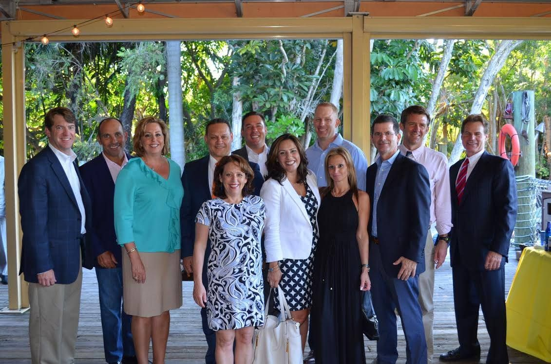 Chamber Trustees Were Guests Of The Palm Beach Zoo For A Talk About The Importance Of Conservation And The Zoo S Mis Lily Pulitzer Dress Fashion Academic Dress
