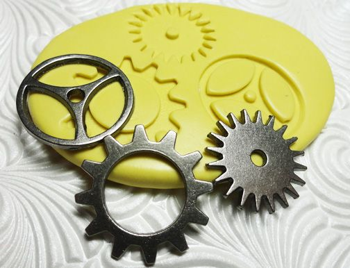 Steampunk Gears Trio - Flexible Silicone Mold for Fondant, Fimo, Polymer Clay, PMC, Resin