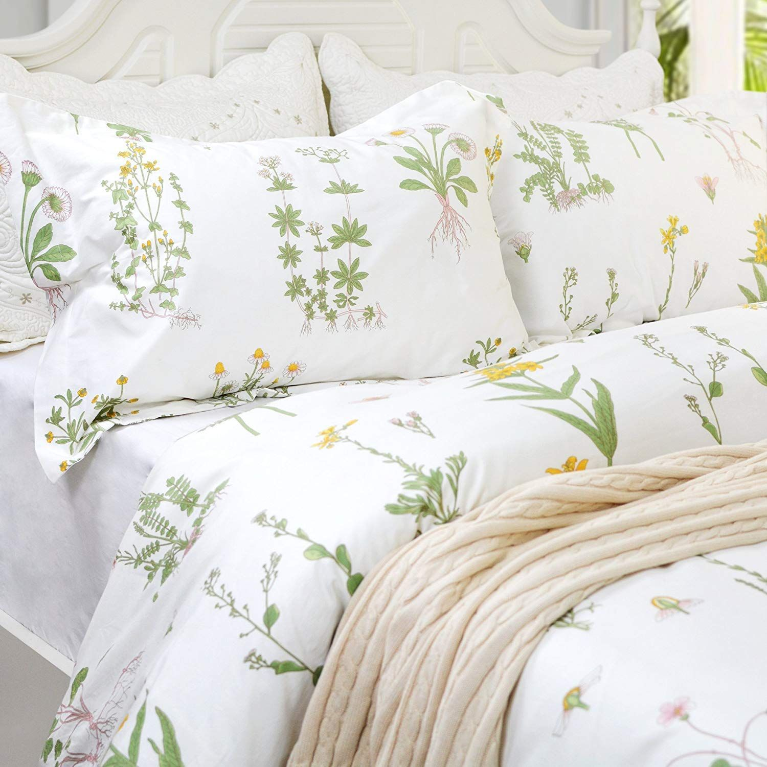 21 Bedding Ideas For Your College Dorm images