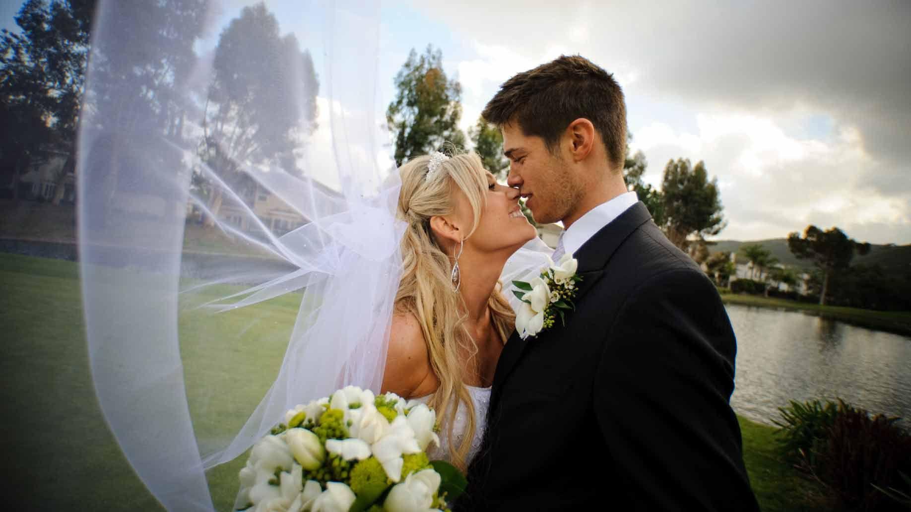 свадебные фотографии снятся самостоятельно забронировать гостиницу