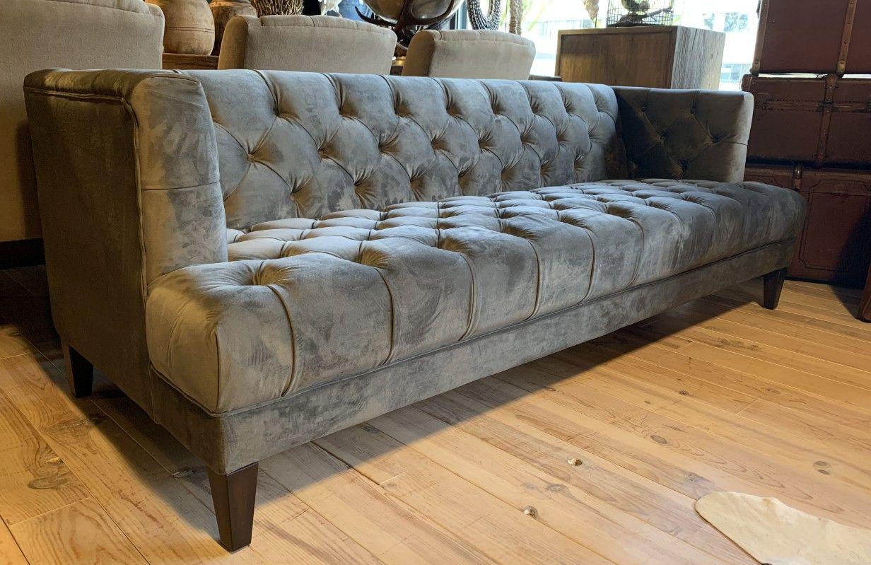 Beste Stijlvolle zitbank bekleed met velours stof. Velvet sofa - Zitbank LE-63