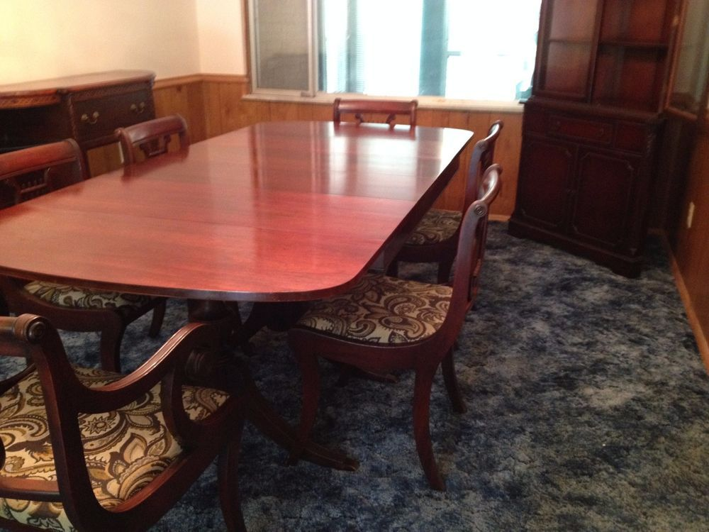 Mahogany Dining Room Table 6 Chairs