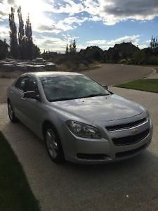 2011 Chevy Malibu For Sale >> 2011 Chevy Malibu Must Sell Moving Accident Free Edmonton