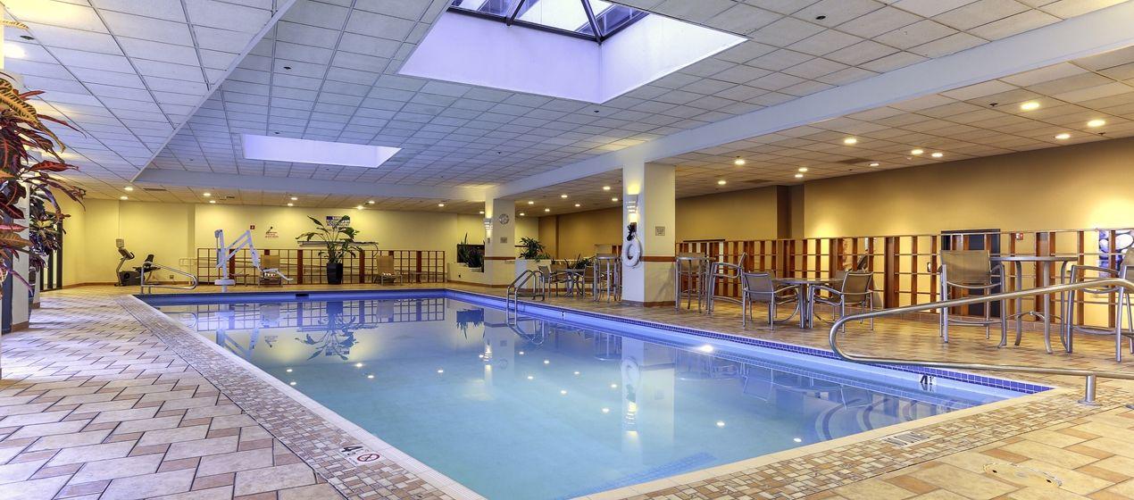 Hilton Salt Lake City Center Hotel Ut Indoor Pool With Images