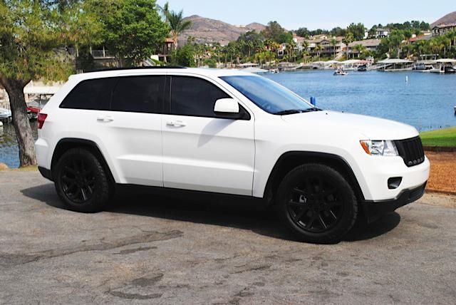 Jeep Cherokee White And Black >> Jeep Grand Cherokee Rims Google Search Diego Wants New Rims
