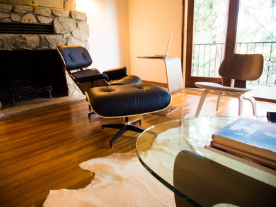 EQ3Spotted Hung's Mid-Century modern living space. | Living ...