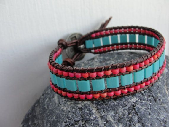 The Mariner Bracelet in Coral and Turquoise by BellPepperMaine ~ I like how she finishes the leather