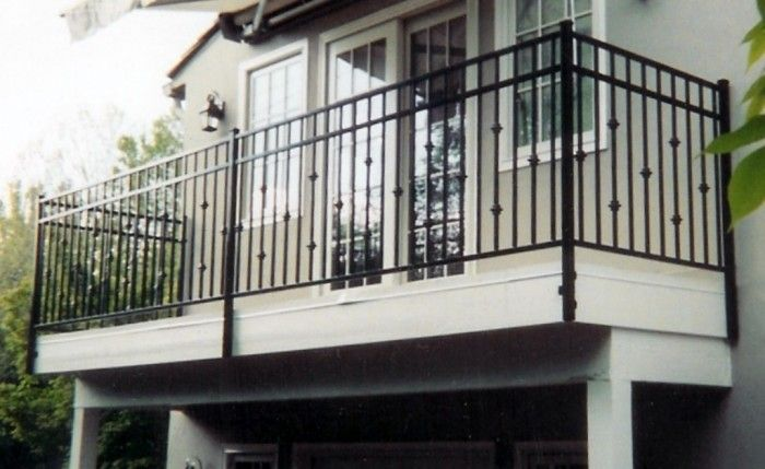 60 Best Railings Designs For A Catchier Balcony Pouted Com Balcony Railing Design Iron Balcony Railing Railing Design
