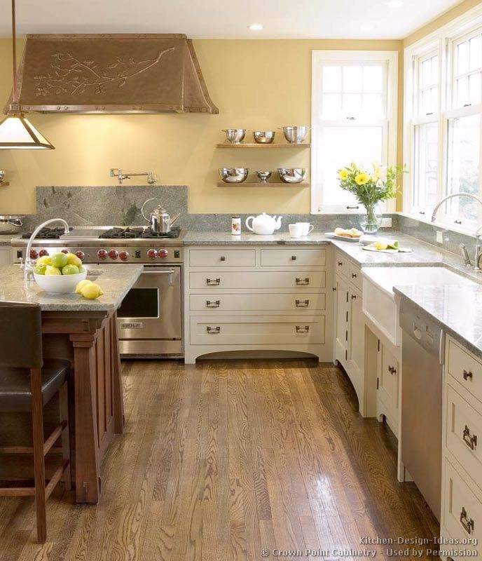 Off White Kitchen Cabinets With Hardwood Floors: Off White Cabs W Med Wood Floors. Craftsman Kitchen #55