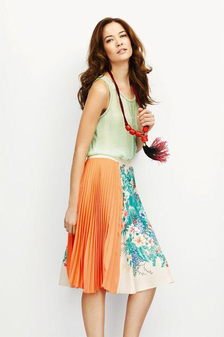 Stone Floral Print Pleat Skirt