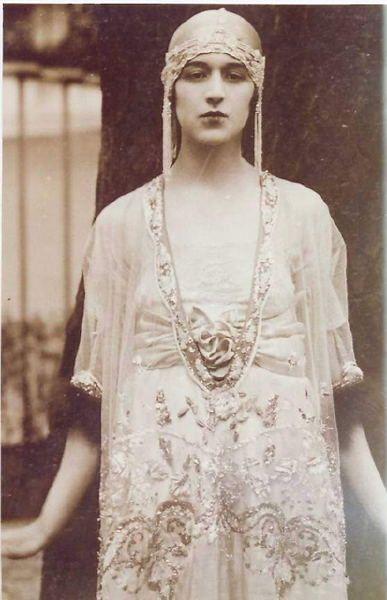 Lady Duff Gordon, née Lucy Christiana Sutherland