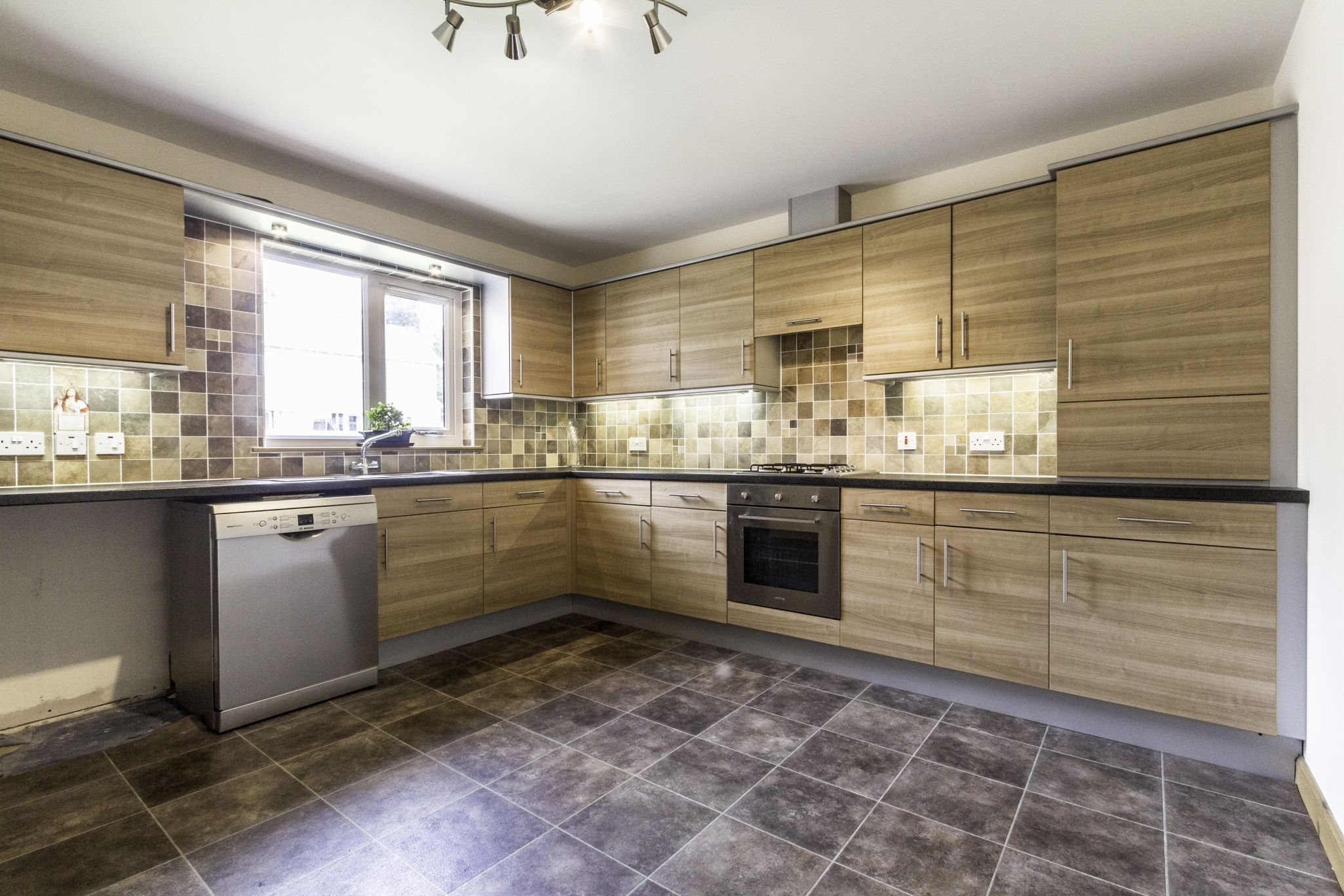 5 McBride Drive, Carnoustie, Angus | McEwan Fraser Legal | Estate Agents Edinburgh  https://www.mcewanfraserlegal.co.uk/properties/search/