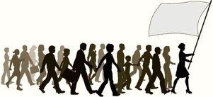 Proverbios 18 Antes de la ruina el hombre se ensoberbece, pero la humildad precede a la gloria. El que responde antes de escuchar muestra su necedad y se atrae el oprobio. El espíritu de un hombre lo sostiene en su enfermedad, pero ¿quién levantará a un espíritu abatido? Un corazón inteligente adquiere conocimiento, y el oído de los sabios busca la ciencia   Reflexión Es cuestión de obvservar y aprender. Pueden cambiar las tecnologías, pero nunca la escencia del alma, por eso...