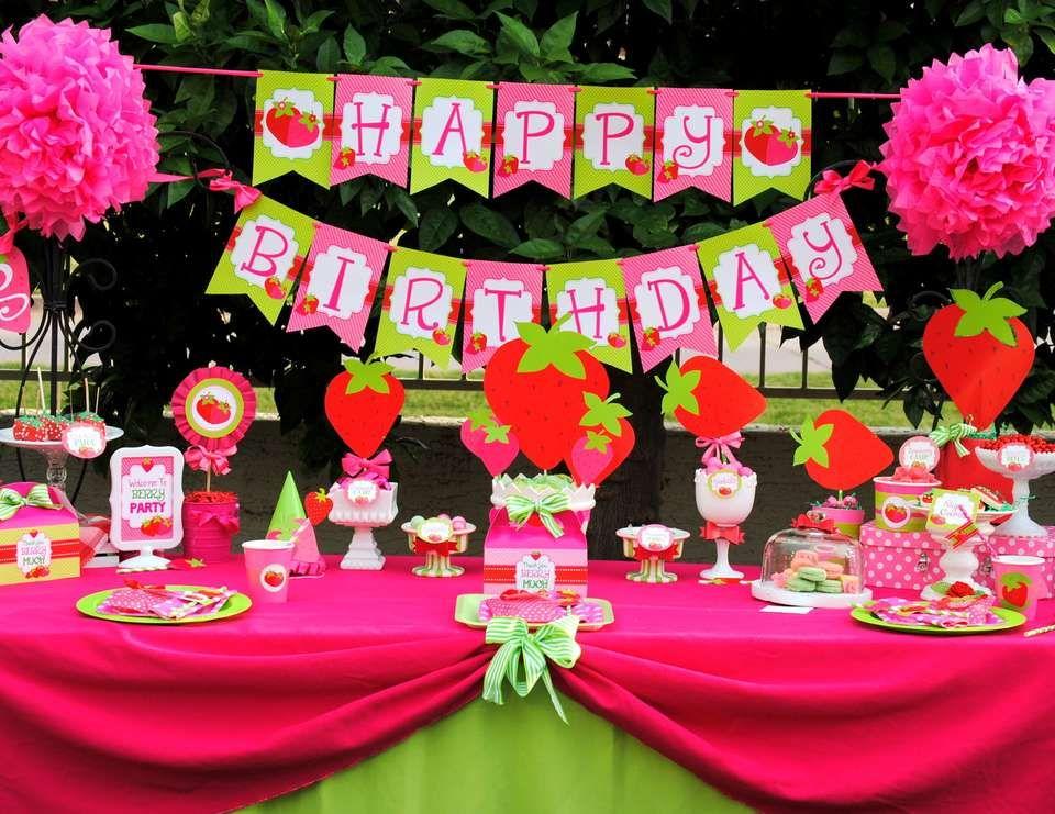 """STRAWBERRY / Birthday """"STRAWBERRY SHORTCAKE""""   Catch My Party"""