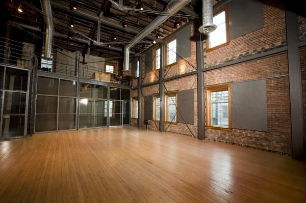 The warehouse studio vancouver bc rooms pinterest for Deco appartement usine