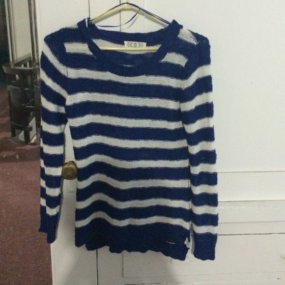 Cute light sweater! Cute stripe sweater. Size S. Sweaters ...
