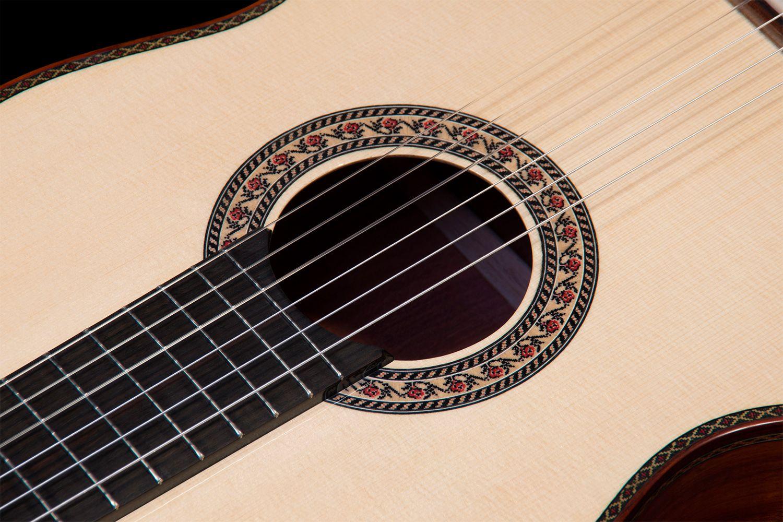 Bloodwood B&S, German Spruce top Concert Classical Guitar