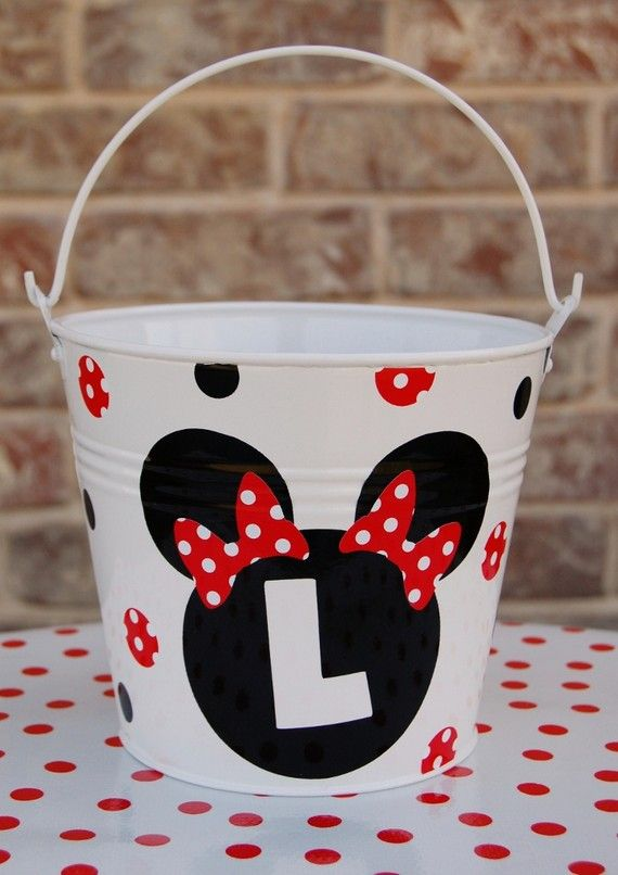 d710af63f1c bucket- could put supply names  or make the Minnie head from chalkboard  vinyl and I could change out the supply names on the front