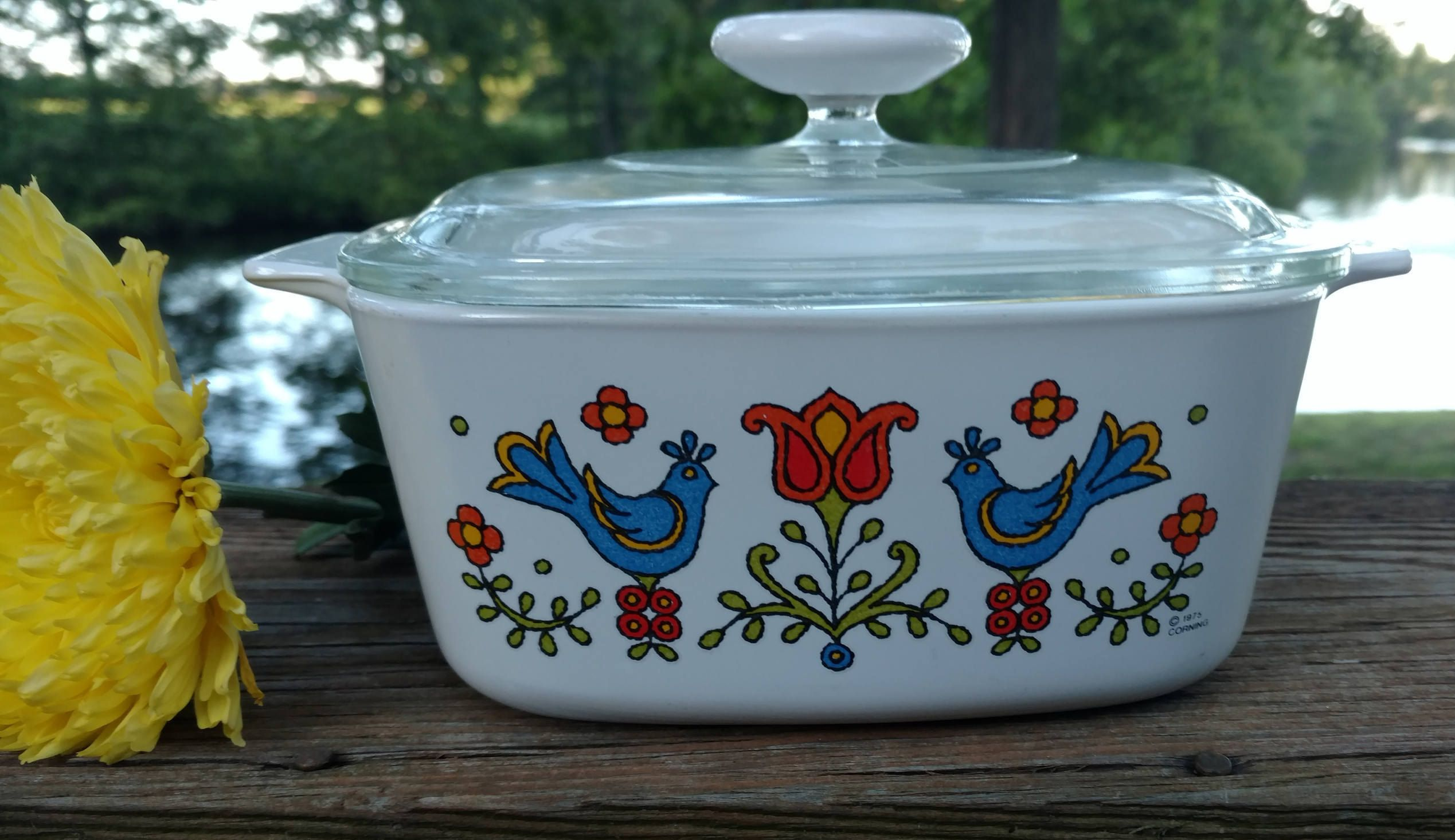 1975 Country Festival Corning Ware Dish And Lid P 7 C With White