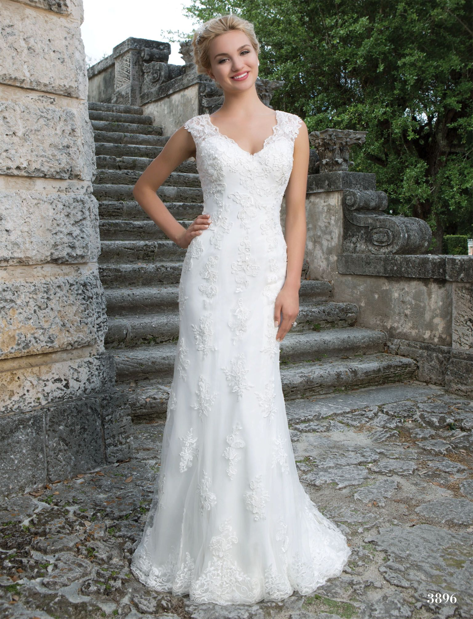 Designer sincerity size 12 color sand retail 1299 cheap wedding dresses catalogs free buy quality dresses vogue directly from china dresses fashion suppliers 2016 new design sleeveless v neck mermaid lace ombrellifo Image collections