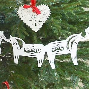 Make A Paper Scandinavian Horse Christmas Garland  Templates
