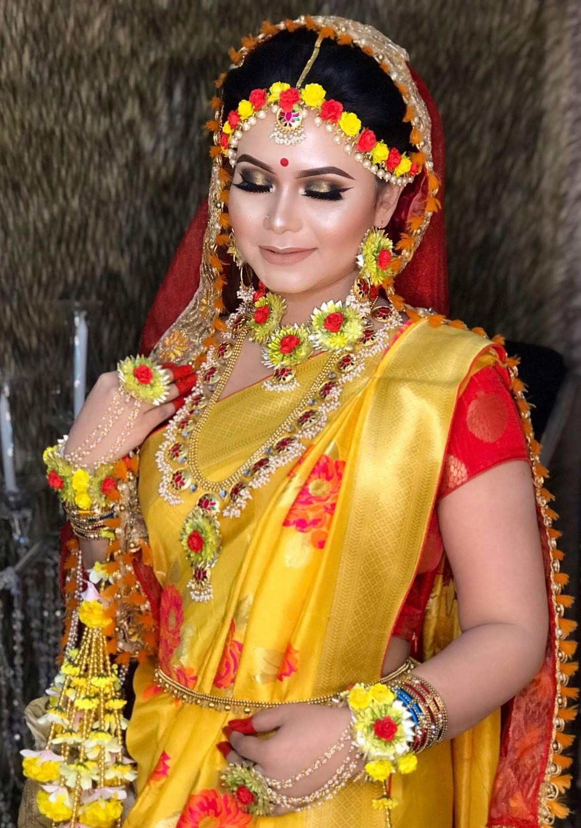 Artificial Flower Jewellery For Haldi