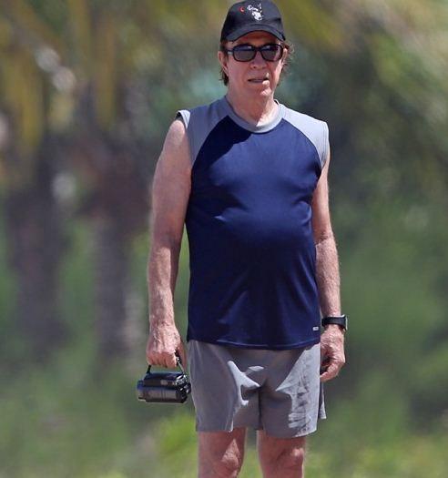 [Photo] Ο θρυλικός Τσακ Νόρις στα 73 του και χωρίς γένια!