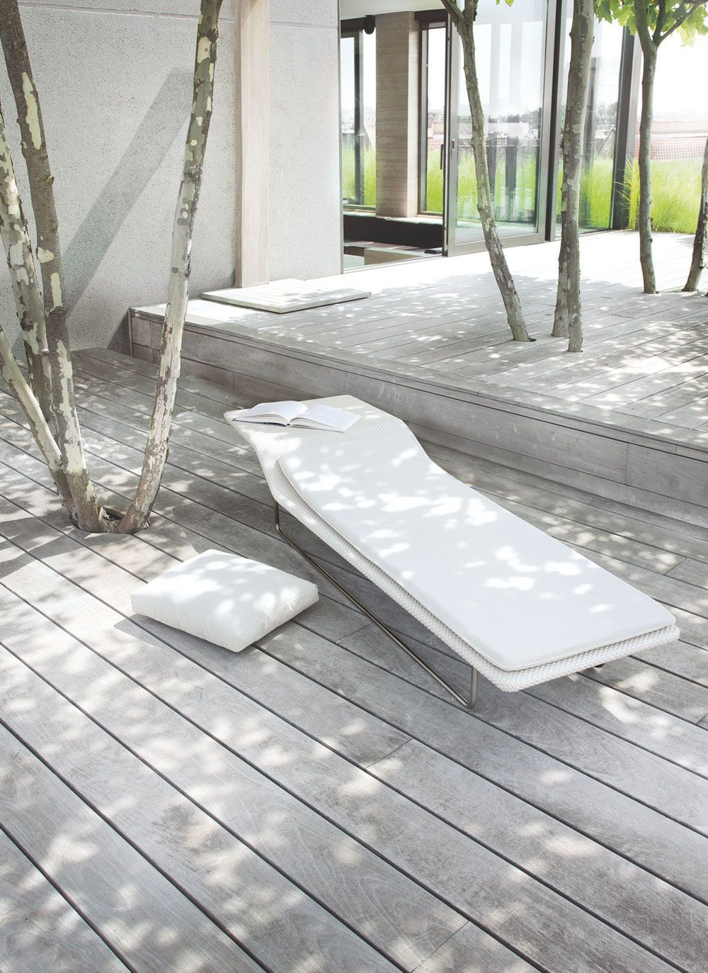 Beautiful Grey Waterproof Flooring Ideas For Living Room: Gray Wood Decking Paired With The Beautiful