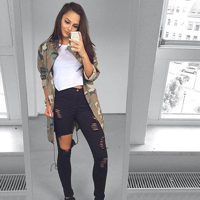 "Check out our #NovaBabe @ni_sa_ SLAYIN' in our ""Glistening Jeans""!  We wanna see you ♕KILLIN' IT♕ Tag us @FashionNova #FashionNova For A Chance To Be Featured! ✨www.FashionNova.com✨"