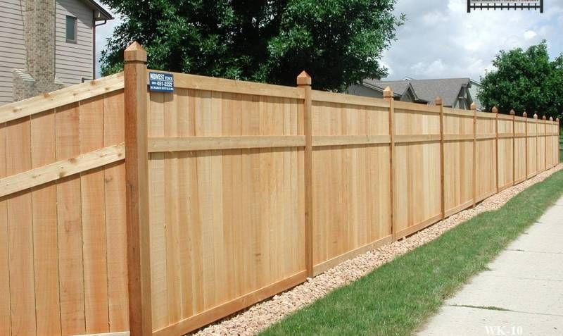 Wood Privacy Fence Styles King Style Wood Privacy Fences Minneapolis St Paul Midwest Fence Wood Privacy Fence Fence Styles Privacy Fence Designs
