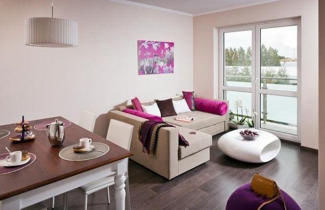 Elegant Dekovorschläge Wohnzimmer Essbereich Creme Beige Fuchsia Akzente Weiße  Tische