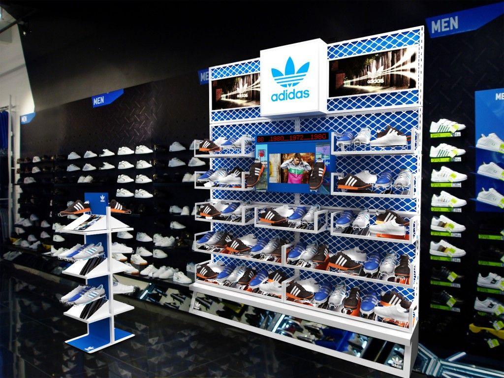 Designer Adidas Uk Jd Sports Shop Design Retail Design Shop Interior