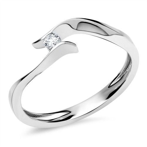 Damen 14k Weißgold 7x5mm Oval Zirkonia VS Diamantring