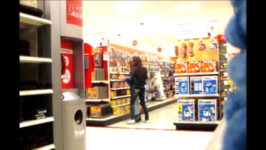 Kenzie Lewis and schyler dixon getting kicked out of target