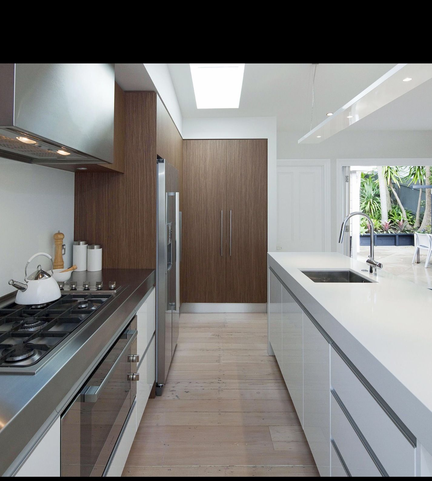 Kitchen Cabinet Makers Perth: Stainless Steel Bench And Stone Island Bench