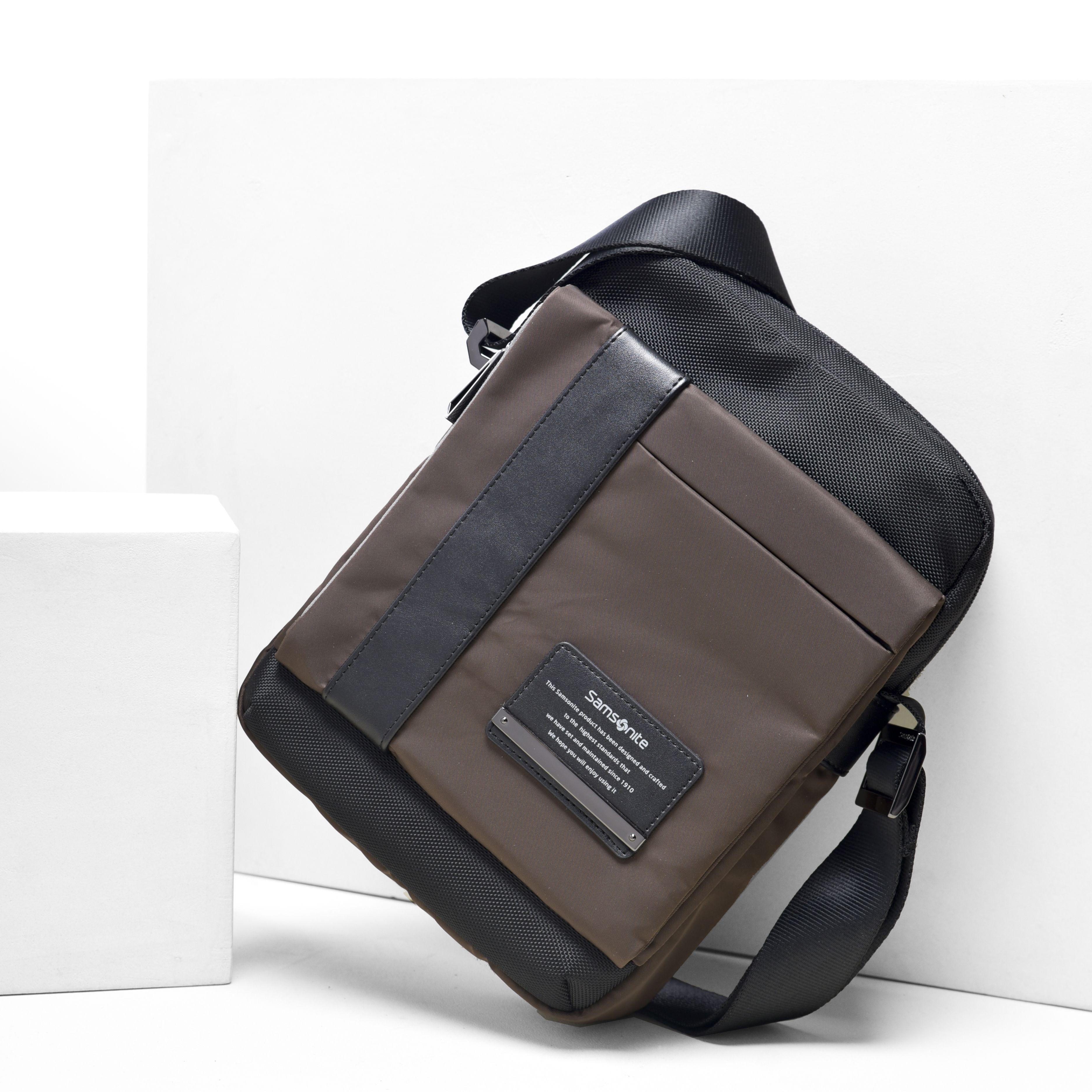 Samsonite Shoulderbag Brandbags Man Fashion Man S Class In