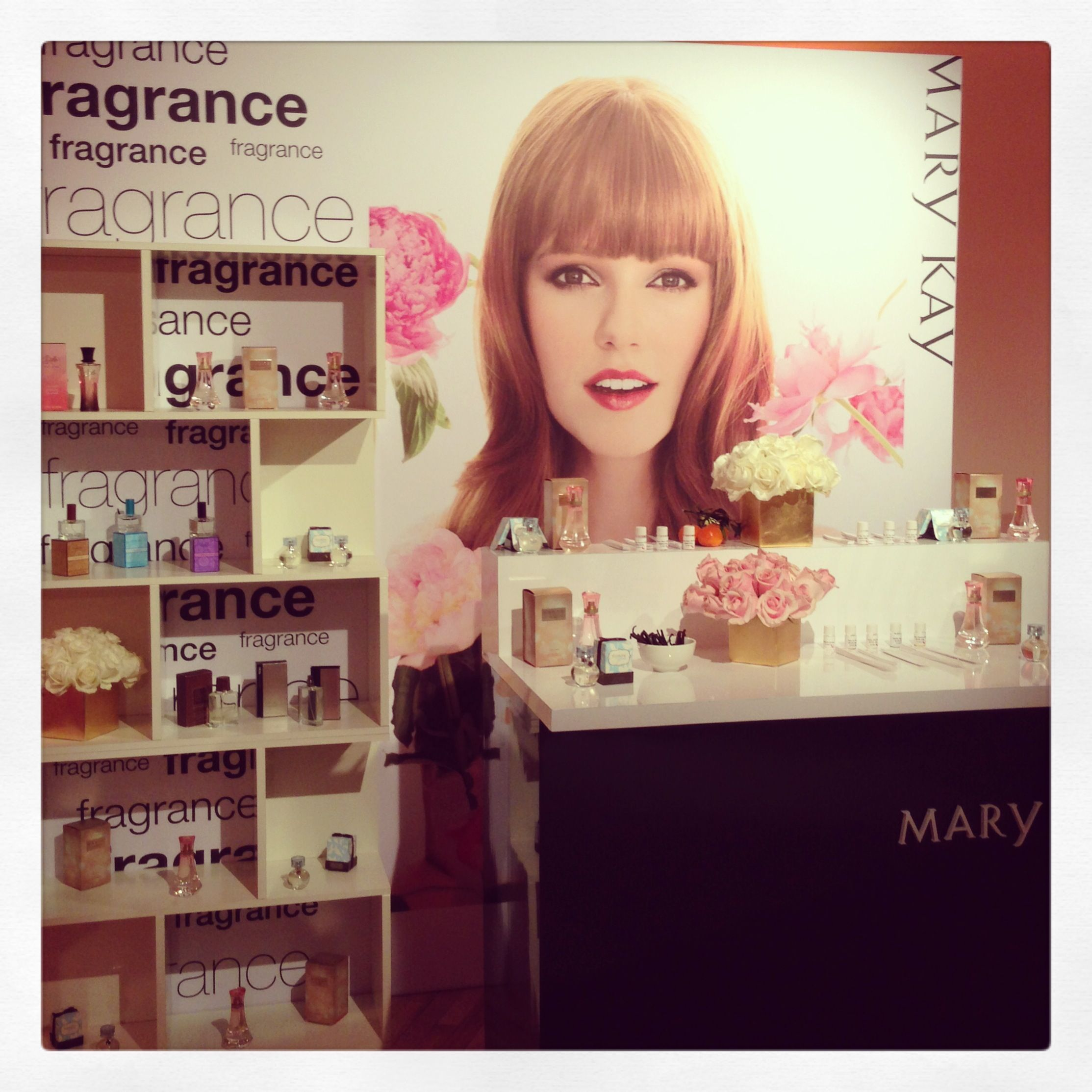 Dance to Life™, Thinking of You®, Bella Belara®… what is your signature Mary Kay fragrance? #MKGoldParty