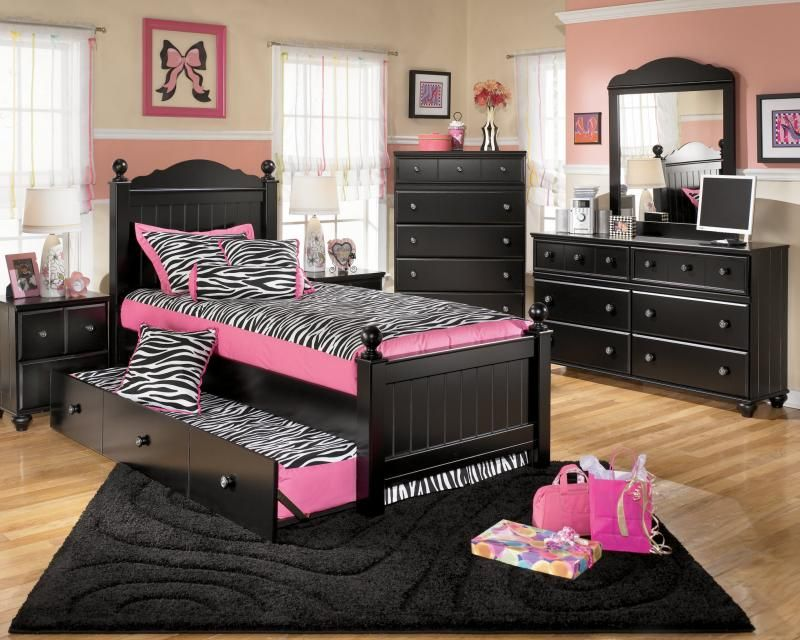 Black Furniture Bedroom Ideas For Girl With Pink And Zebra Color For Bed And Cushion  (800×640)