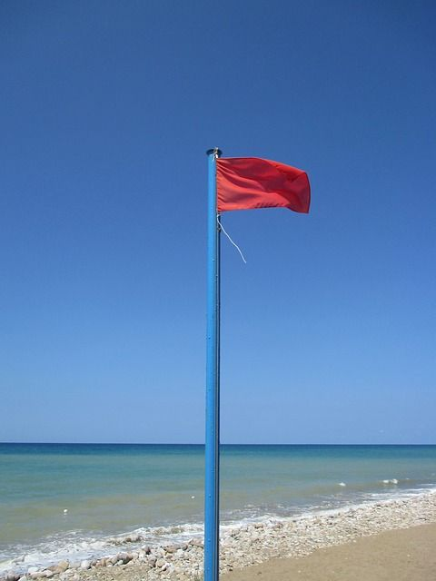 One Red Flag Flying Indicates Extremely Hazardous Water Conditions Double Red Flags Mean Authorities Ha Beach Safety Red Flag Meaning Beautiful Places To Live