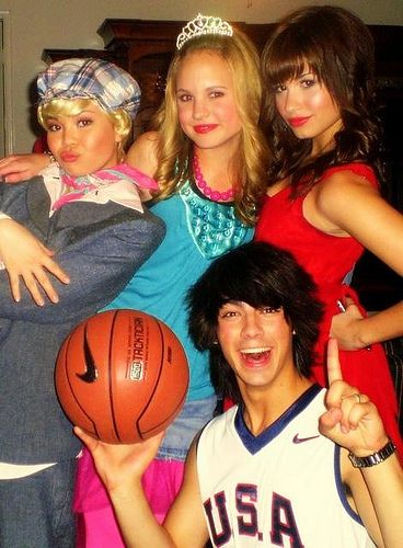 2007: the cast of Camp Rock dressed up as the characters in High ...