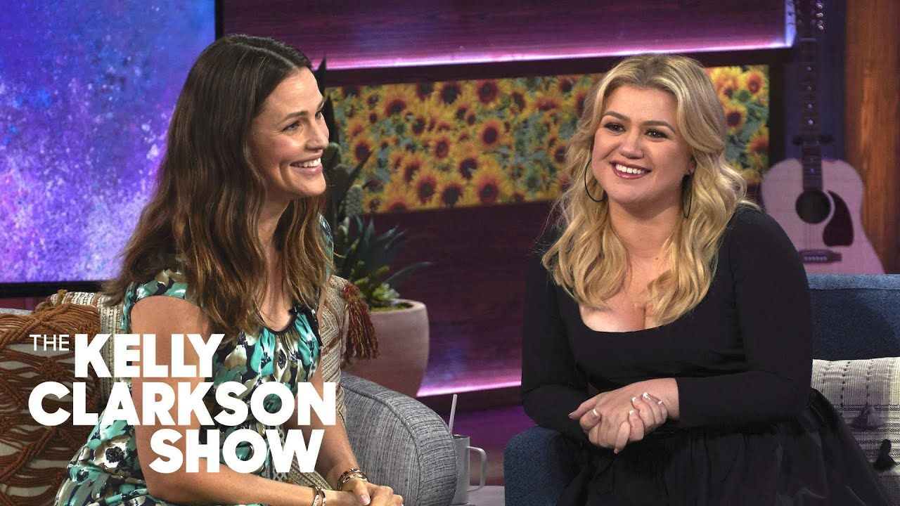 017ddb54e7b5d93eeab2df8c8e200abc - How Do I Get Tickets To The Kelly Clarkson Show