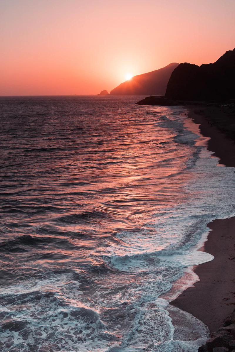 27+ Stunning Beach Sunset Pictures | Download Free Images on Unsplash #Beachsunsetpictures