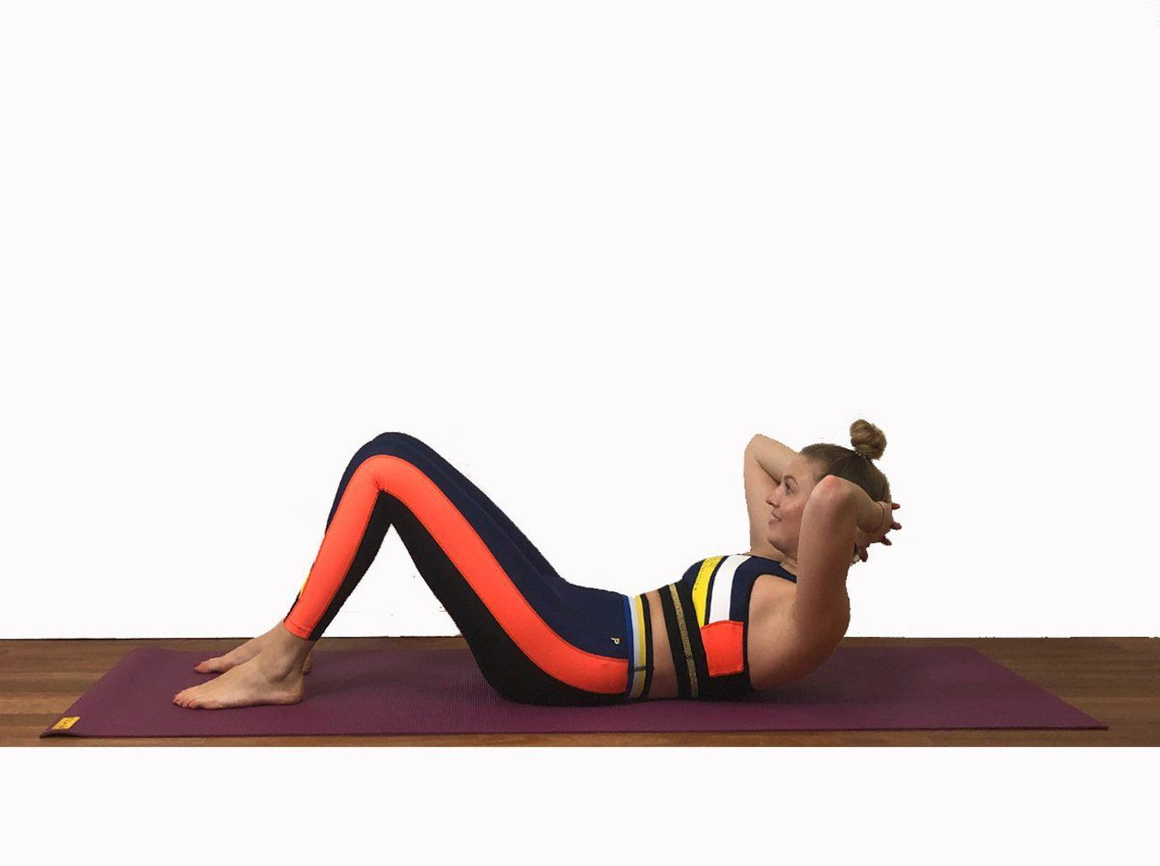 Flat stomach: These six fitness exercises bring a lot -  Crunches fitness  - #bring #exercises #fitn...