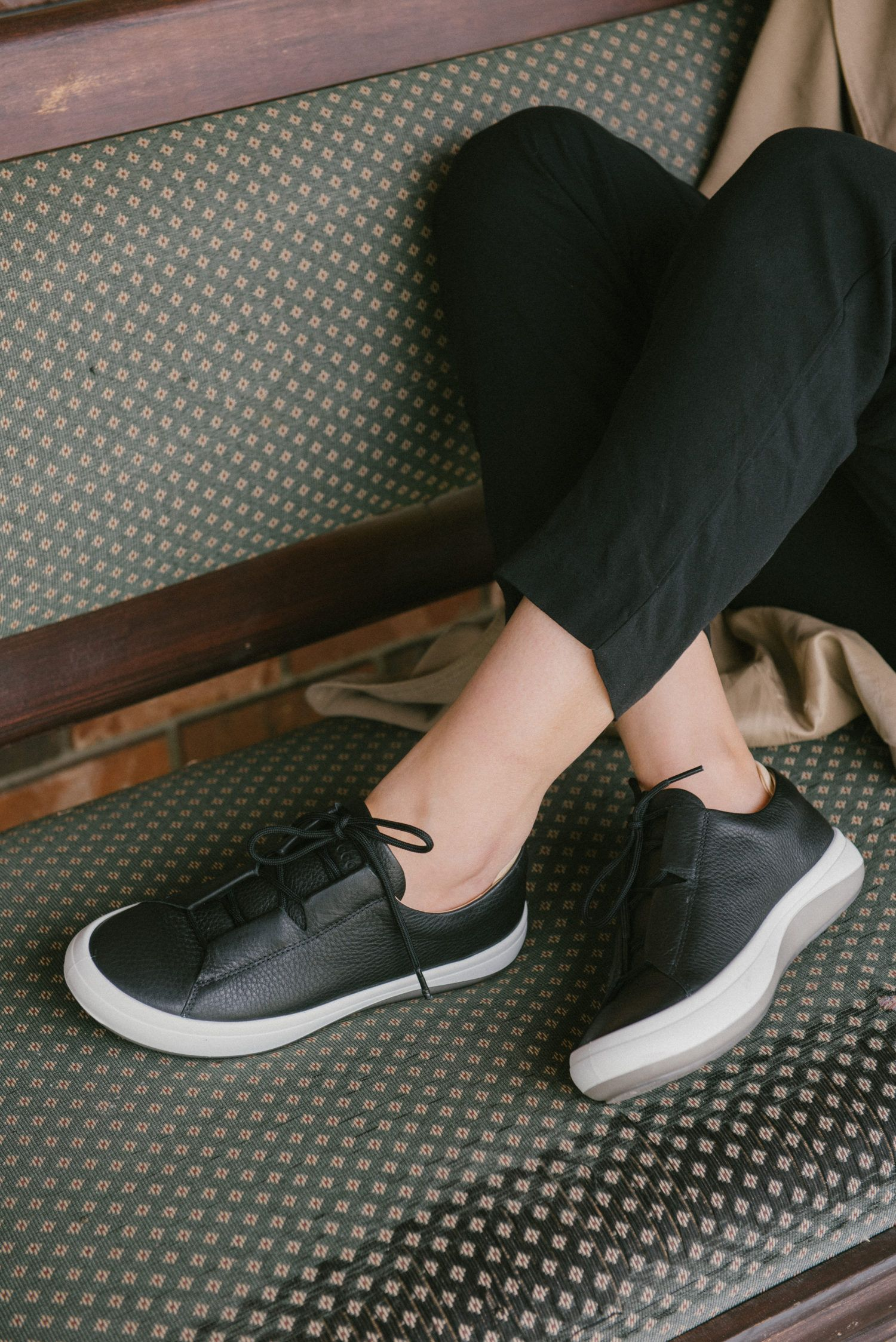 Black Runners Black Shoes Ecco Shoes Casual Shoes Minimal Shoes Fashion Blogger Fashion Post Minimal Shoes Ecco Shoes Women Ecco Shoes