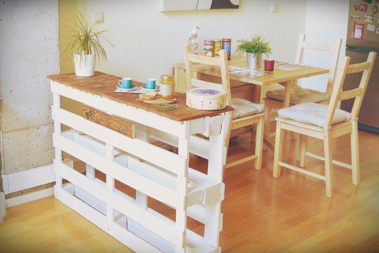 Îlot central en palette u2013 32 idées DIY pour customiser sa cuisine - faire un meuble de cuisine soi meme