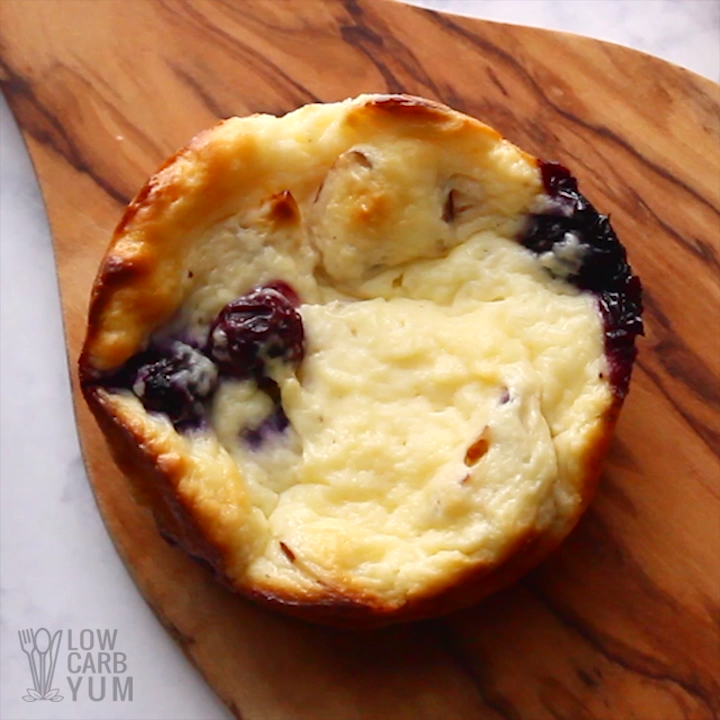 Blueberry Cream Cheese Muffins (Keto, Low Carb)