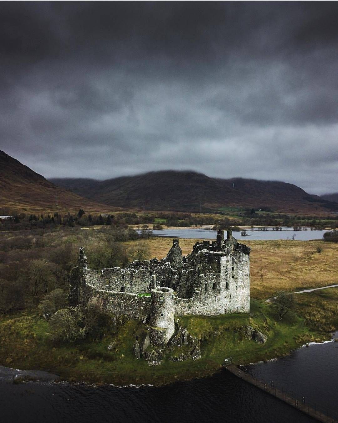 Prettiest Places Skyrim: Castle, Scotland Castles