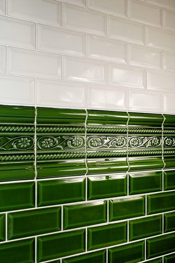 cevica metro fliesen und mehr galerie der fliesen und natursteine badezimmer flies. Black Bedroom Furniture Sets. Home Design Ideas